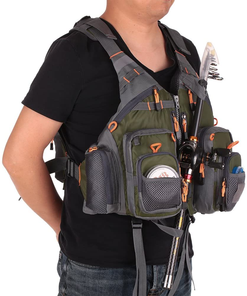 How to Organize a Fly Fishing Vest: The Guide You Need